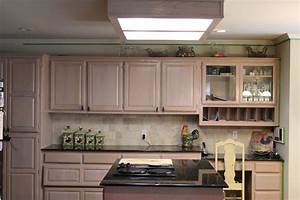 Furniture modern refacing kitchen cabinets design ideas for What kind of paint to use on kitchen cabinets for what is mounted wall art