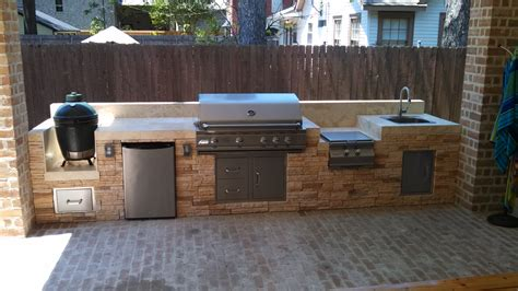 outdoor kitchen with green egg big green egg grill giveaway one week left