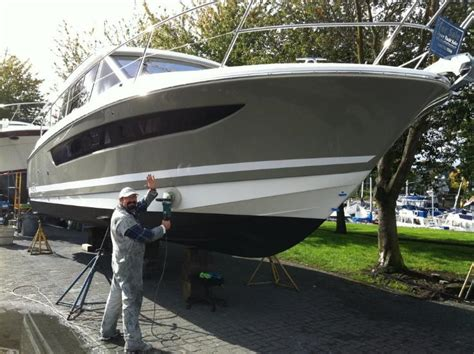 Fiberglass Boat Repair Vancouver Bc by Rr Yacht Services Granville Island Boatyard