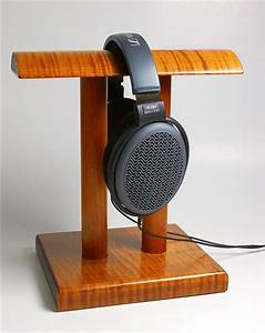 Tips To Make Your Own Awesome Headphone Stand - Tested