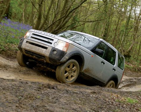 Land Rover Lr3 Wallpaper by Land Rover Lr3 V8 Awd Hse Free 1280x1024 Wallpaper