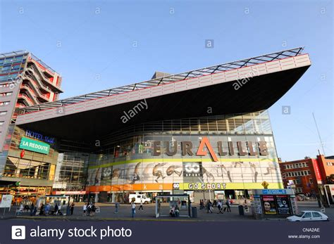france nord lille euralille shopping center  mall