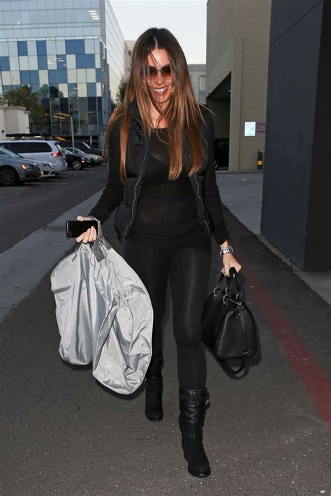 sofia vergara vk sofia vergara out shopping in la 8 of 20 zimbio