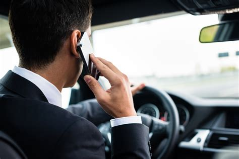 cell phone use while driving laws and penalties for using your phone while driving for