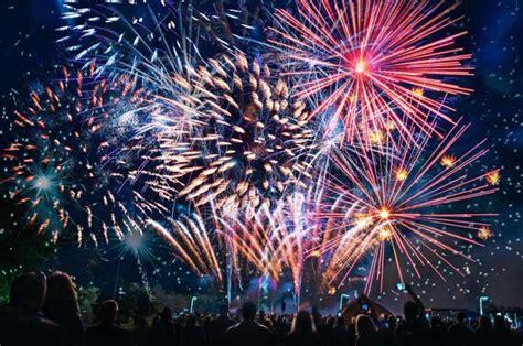 clipart fuochi d artificio olbia il raduno delle bandiere d 224 il via alla festa di