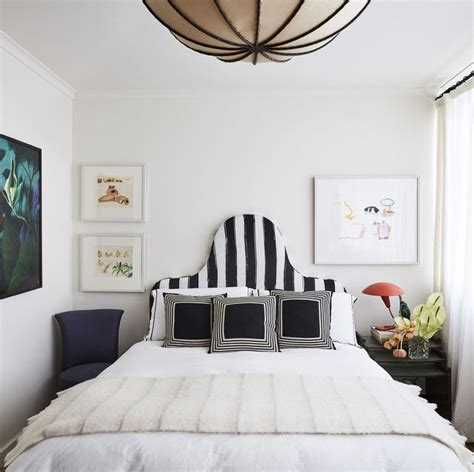 From modern to rustic, we've rounded up beautiful bedroom decorating inspiration for your master suite. 19 Best Bedroom Wall Decor Ideas in 2020 - Bedroom Wall Decor Inspiration