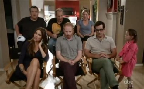 6 best modern family season 6 episode 1 moments you may missed