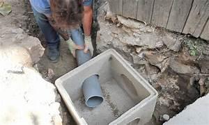 Evacuation Eaux Usees Maison Individuelle : installation d 39 un tuyau pour les eaux us es dans un regard ~ Dailycaller-alerts.com Idées de Décoration