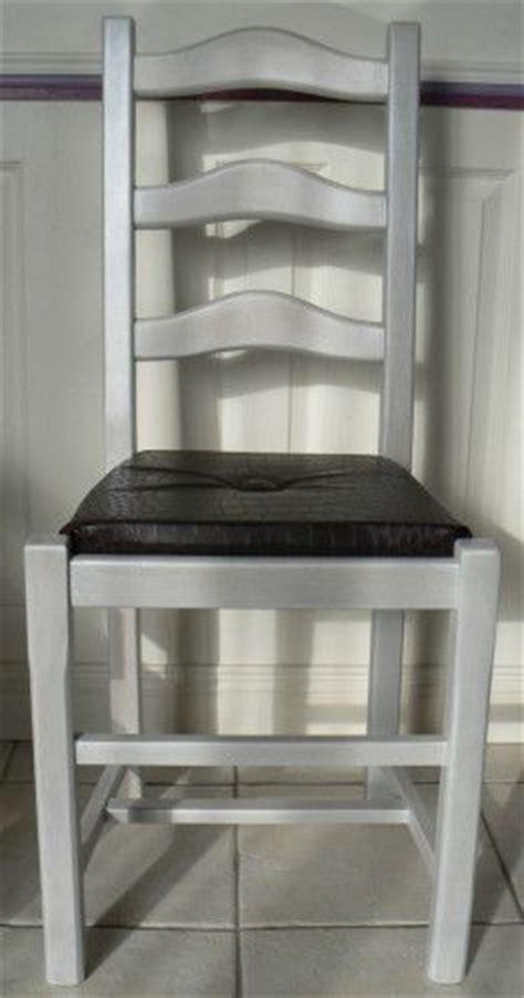 repeindre des chaises renovation chaise assise paille en assise quot coussin quot bien