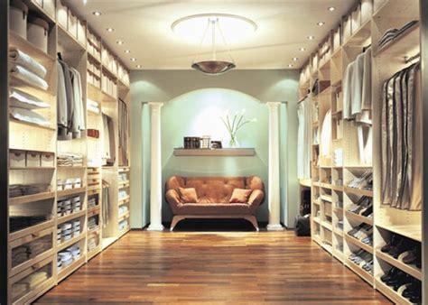 Lisa Adams Luxury Closets