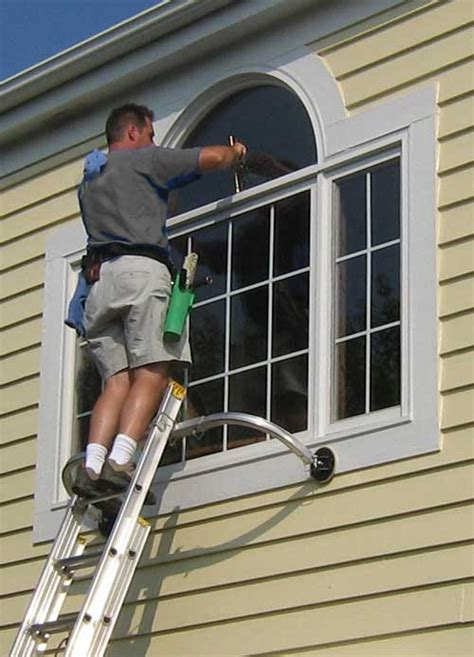 Top 10 Window Cleaning Techniques For Amazing Shine Effect