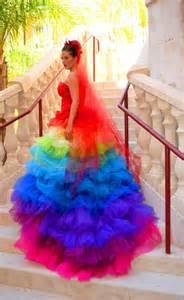 robe de mariã e dorã e robes de mariée colorées robe de mariée décoration de mariage