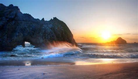 bureau style marin fond d 39 écran mer vagues rochers plage ciel