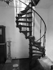 Escalier Colimaçon Pas Cher : escalier colimacon en fonte style industriel interiors ~ Premium-room.com Idées de Décoration