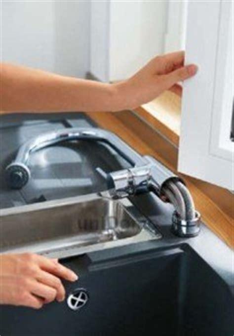 robinet cuisine escamotable sous fenetre robinet rabattable fen 234 tre pour 233 vier cuisine mon robinet