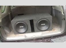 Loud 2 12 inch subs! Roof flex on 300 watts using
