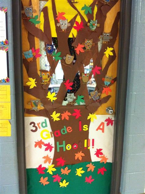 christmas door decoration for six graders classroom door decor i did this for mu s 3rd grade