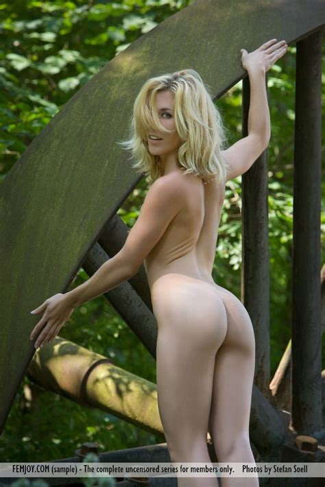 Euro Babes Db Naked Austrian Lady Pictures