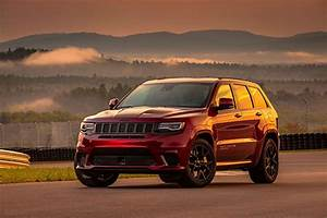 Jeep Cherokee 2018 : jeep grand cherokee trackhawk first drive hot rod network ~ Medecine-chirurgie-esthetiques.com Avis de Voitures