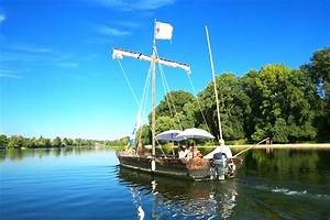 La Loire En Bateau : d couverte de la loire en bateau bord de la sterne la loire v lo ~ Medecine-chirurgie-esthetiques.com Avis de Voitures