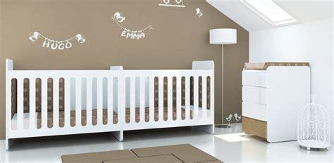 chambre bébé jumeaux lit pour jumeaux bebes