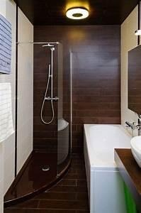 Badfliesen Ideen Kleines Bad : kleines badezimmer fliesen ideen dusche badewanne fliesen holzoptik bad pinterest ~ A.2002-acura-tl-radio.info Haus und Dekorationen