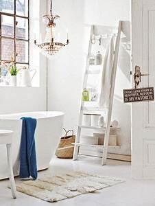 Bad Deko Vintage : die 25 besten shabby chic badezimmer ideen auf pinterest shabby chic speicher shabby chic ~ Markanthonyermac.com Haus und Dekorationen