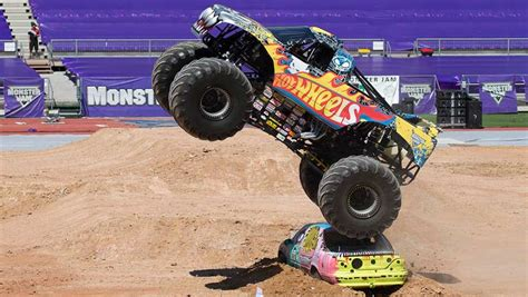 monster jam trucks monster jam monster truck 2015 review carsguide