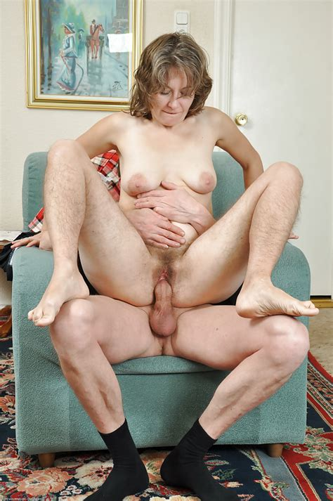 Hairy Mature Cougar Fucked