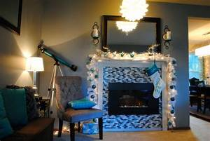Turquoise, White, And, Silver, Christmas, Mantle, Decorations