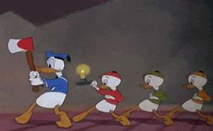 Scared Donald Duck GIF - Find & Share on GIPHY