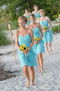 Sunflower bridal bouquet what color bridesmaid dress for Sunflower wedding bridesmaid dresses