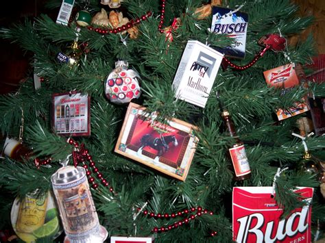 The 8 Pictures Of A Redneck Christmas