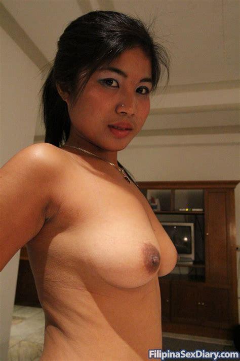 busty asian hooker gets fondled at filipina sex diary