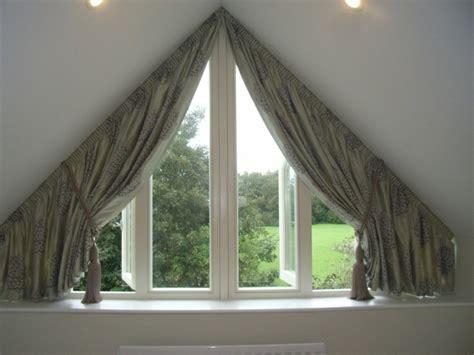 gardinen für dreiecksfenster tolle bilder gardinen f 252 r dreiecksfenster archzine net
