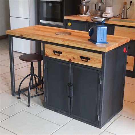 meuble de cuisine industriel ilot cuisine bois massif gallery of lot central en bois