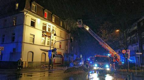 Sie verursachte eine erschütterung von mindestens 3,4 auf der richterskala. Explosion an Wohnhaus in Leverkusen-Opladen