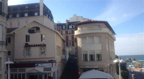 le petit chalet biarritz le petit h 244 tel accommodations and surfing in biarritz