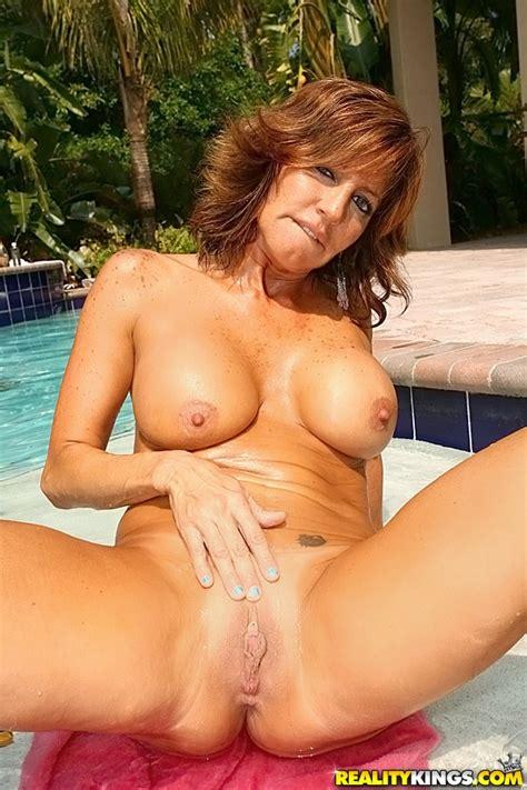 Filthy Woman Tara Holiday Nailed By The Pool Milf Fox