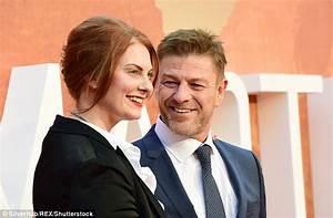 Aktori i njohur martohet për të pestën herë me të dashurën ...