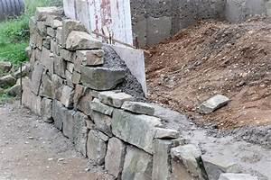Natursteinmauer Selber Bauen : trockenmauer selber machen garten terrasse kiesweg ~ Michelbontemps.com Haus und Dekorationen