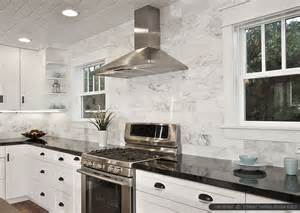 Kitchen Backsplash White Cabinets Black Countertop
