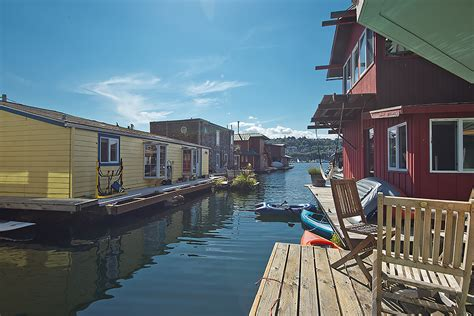Boat Slip For Sale Seattle by Seattle Houseboats For Sale 2019 Fairview Ave E Slip D