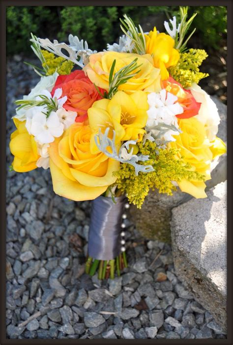 1000 Images About Yellow Wedding Flowers On Pinterest