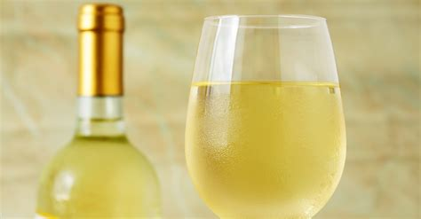 glass roses the 6 white wines to try to help you understand white wine