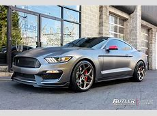 Ford Mustang with 20in Vossen CG205 Wheels exclusively