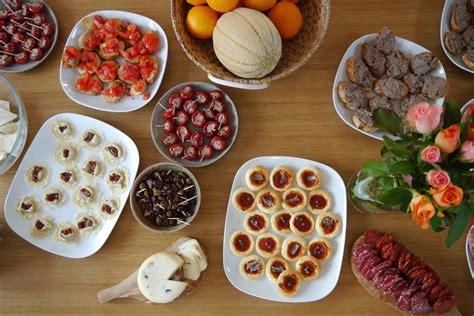 guide cuisine recettes recette apero à l 39 italienne bruschetta caprino tomate