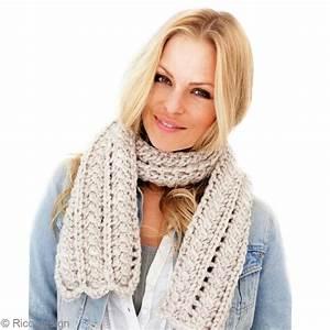 Echarpe Femme Laine : tuto charpe en laine grosse maille echarpe femme ajour e id es conseils et tuto crochet et ~ Nature-et-papiers.com Idées de Décoration