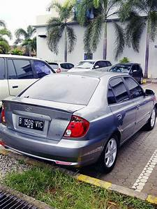 Emanuel Setio Dewo  Hyundai New Avega Gx Gray 2012