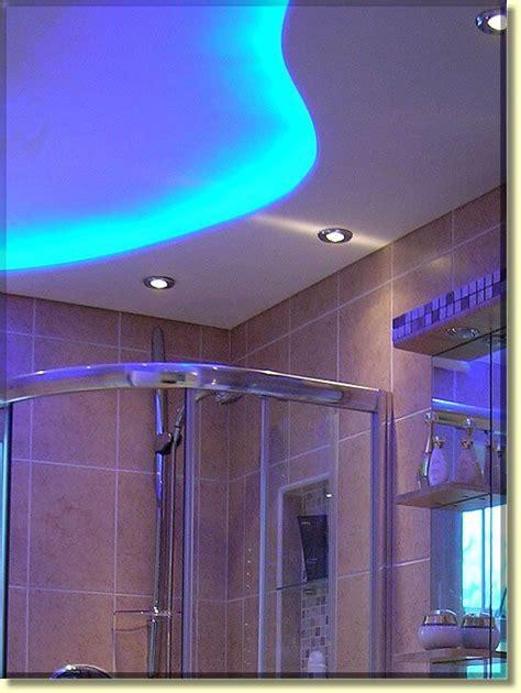 20 amazing bathroom lighting ideas apartment geeks - Bathroom Ceiling Lighting Ideas
